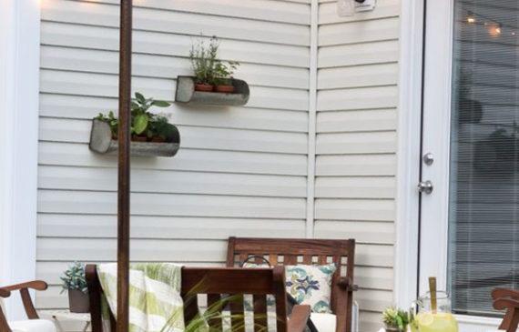 small-patio-lighting-ideas