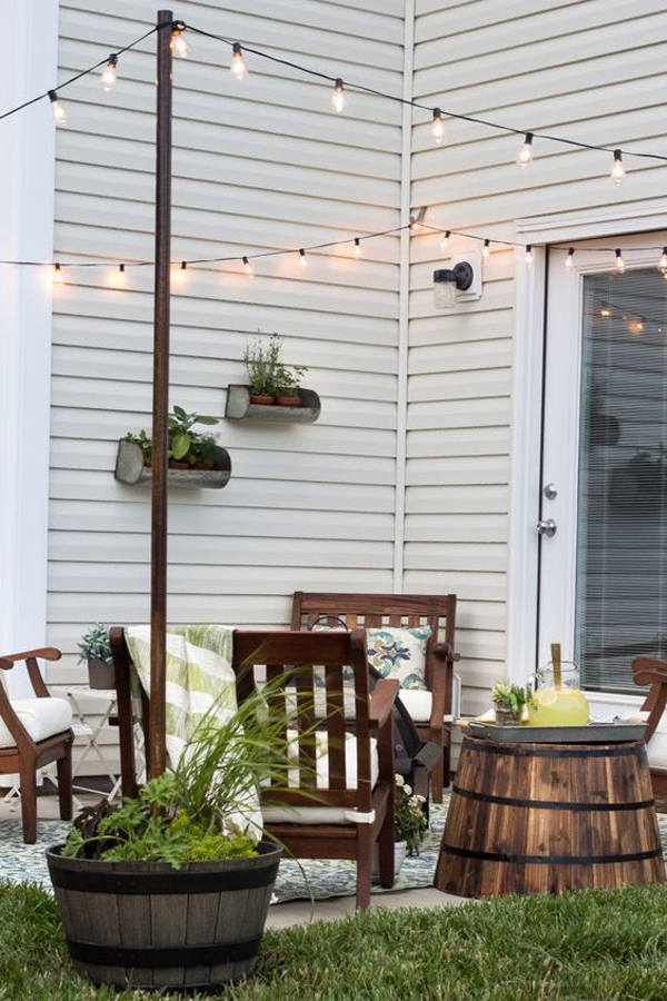 20 amazing string lights for your outdoor patio home for Small home outside design