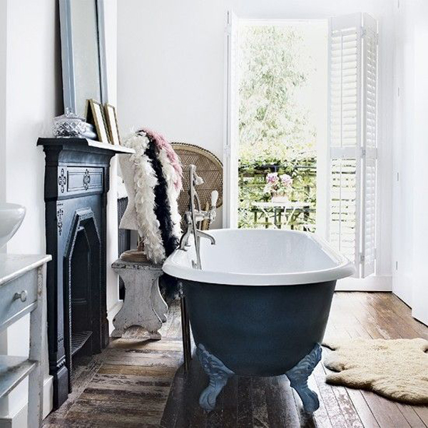 Victorian Bathrooms Decorating Ideas: Victorian-bathroom-with-fireplace-ideas