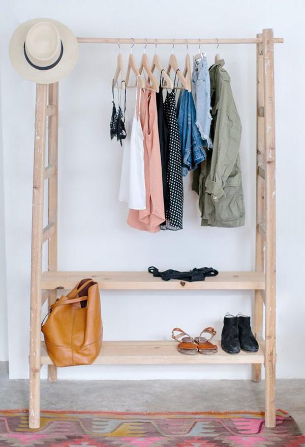 20 Genius Clothing Racks For Narrow Space Homemydesign