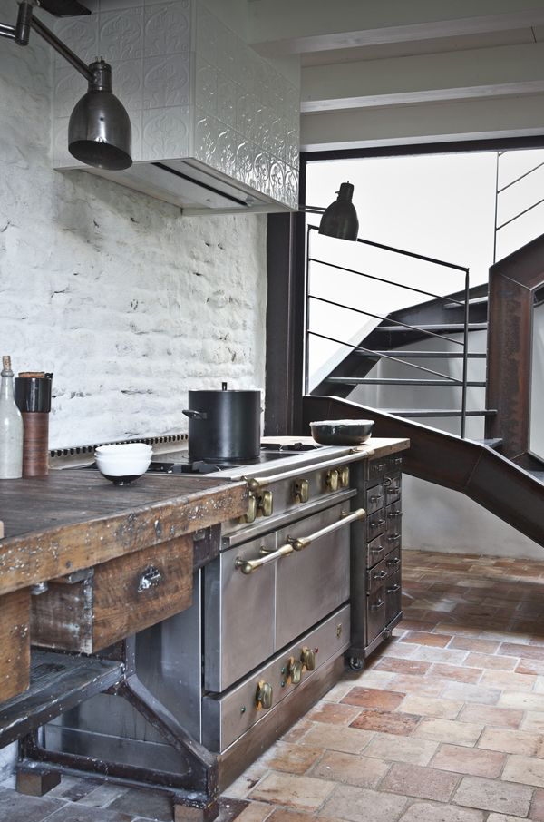 Industrial And Rustic Kitchen With Dark Colors