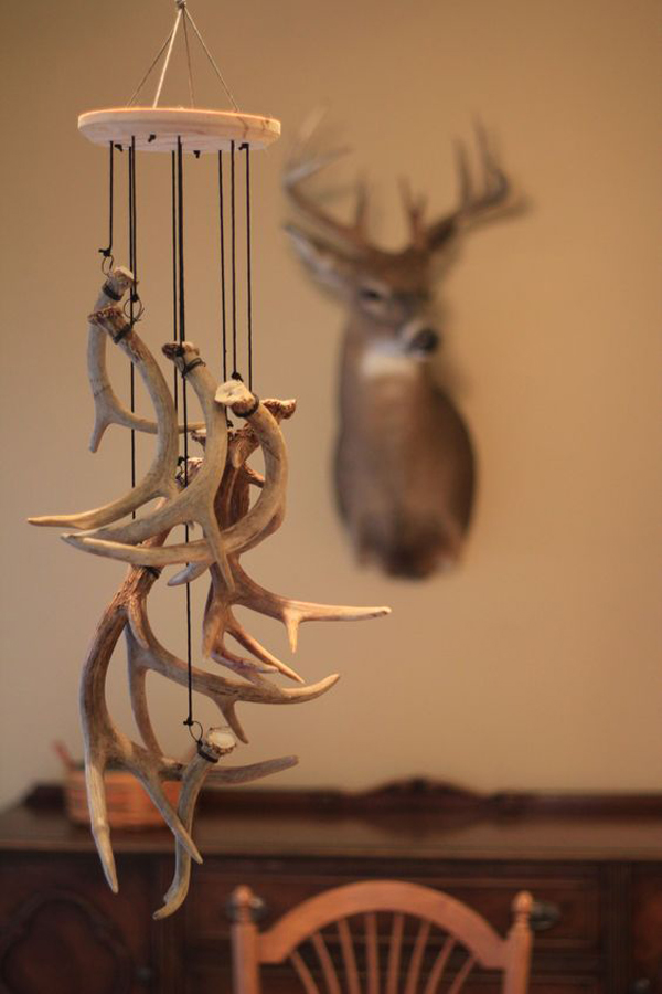 20 cool and trendy antler decorations home design and for Antler decoration
