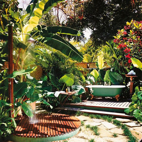 10 Small House Interior Design Solutions: 20 Tropical Outdoor Showers With Peaceful Feeling