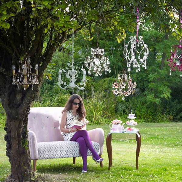 Secret Garden: 20 Outdoor Reading Nooks With The Secret Garden