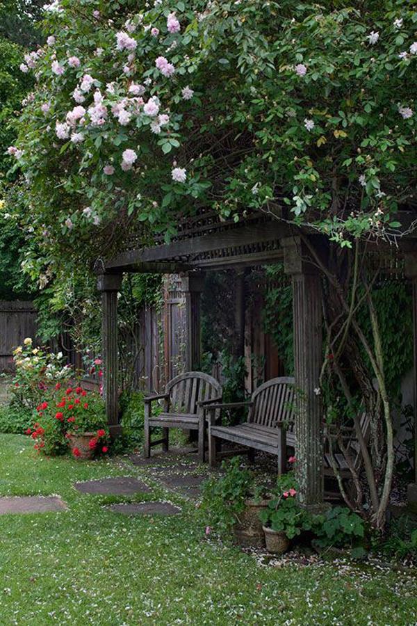 Rustic Garden Nook With Rose Arbor Homemydesign