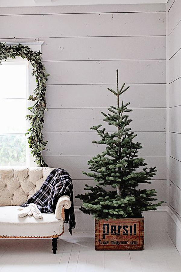 Christmas Trees For Small Apartments.20 Simple Christmas Tree Display For Small Spaces Obsigen