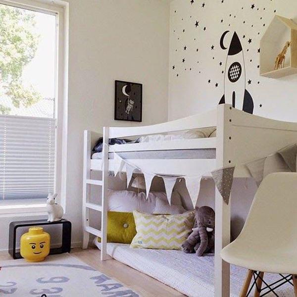 Simple Kids Room Shared