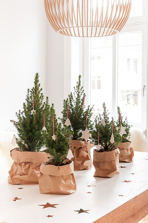 20 Simple Christmas Tree Display For Small Spaces Home Design  - Small Christmas Tree Ideas