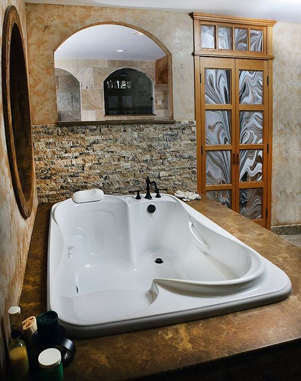 Vintage Bathtub For Two Couples
