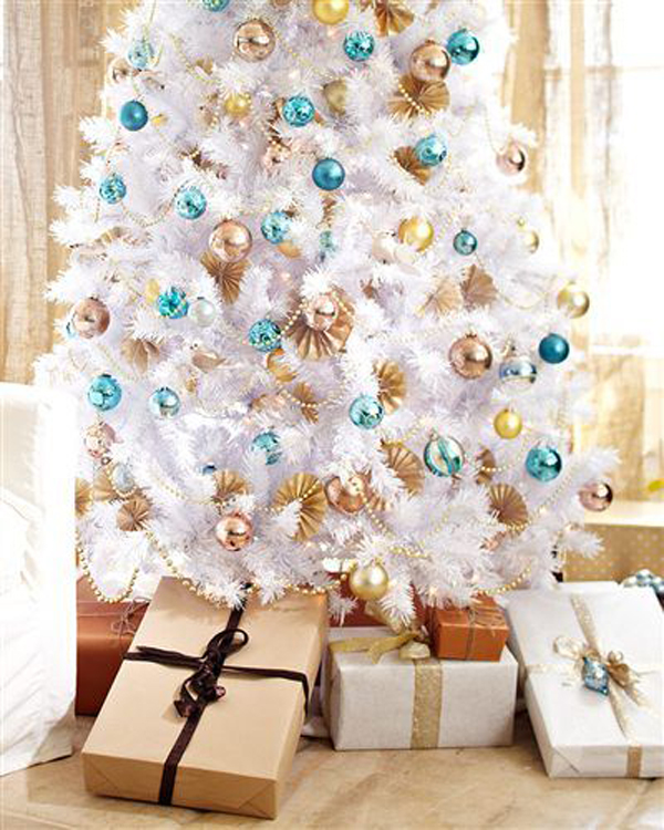 34 neutral and vintage white christmas tree ideas home design and interior - Pictures Of White Christmas Trees Decorated