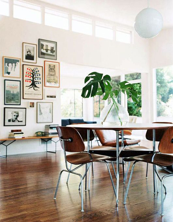 Wood Dining Room Gallery Wall Decoration
