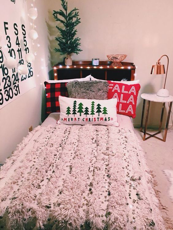 10 Simple College Bedroom For Christmas Decorations | Home Design ...