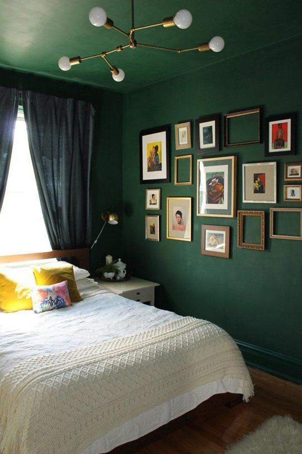 Remarkable Dark Green Bedroom Wall Decoration Home Design And Interior Beutiful Home Inspiration Cosmmahrainfo