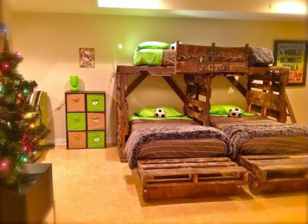 25 Awesome DIY Pallet Furniture For Kids | HomeMydesign on Pallet Bedroom Design  id=37722