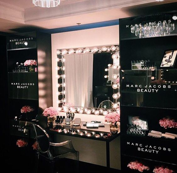 20 Modern DIY Makeup Organizers With Romantic Feel | Home ... on Make Up Room Design  id=56134