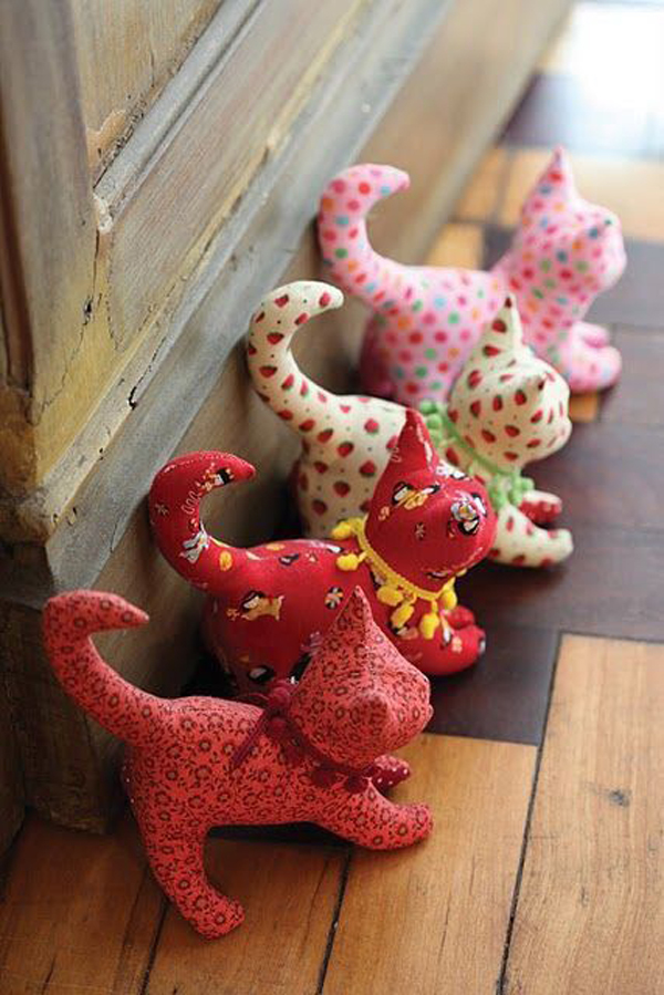 22 Creative Doorstop Ideas With Funny Character Homemydesign