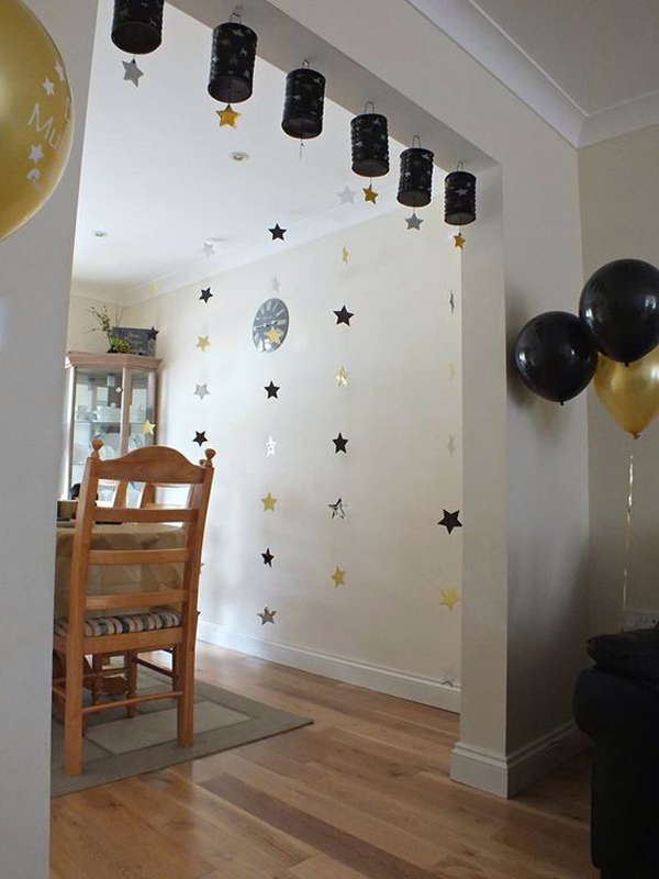 Indoor star and ballons ramadan ideas for Eid decorations to make at home