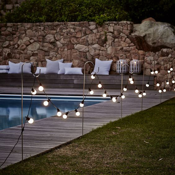 15 Amazing Outdoor Pool With Lighting Ideas