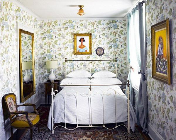 Beautiful Small Bedroom With Floral Wallpaper
