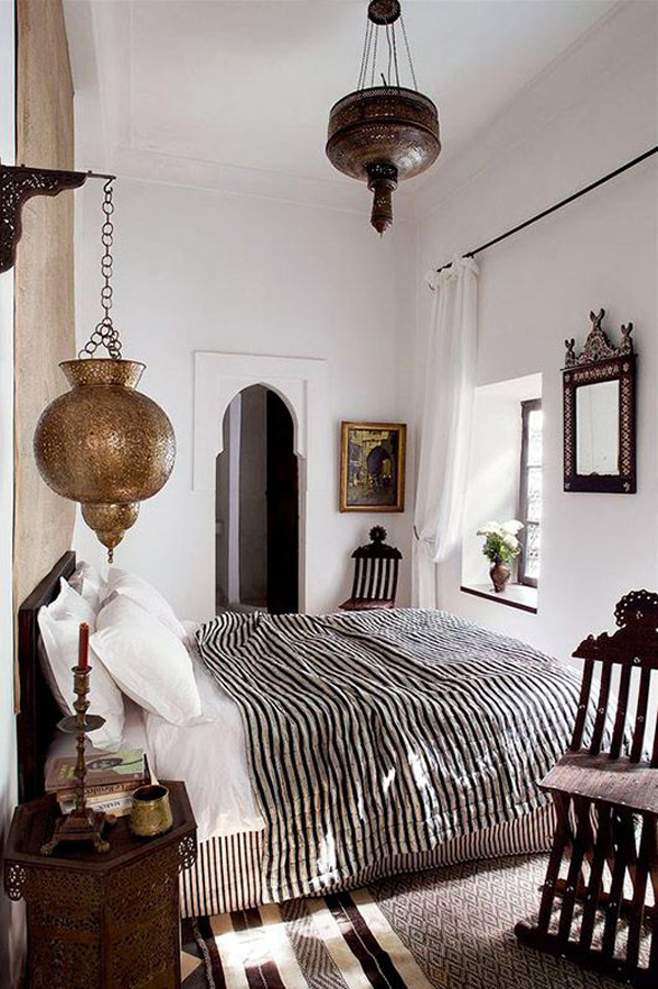 20 ethnic moroccan bedroom with modern patterns home design and interior. Black Bedroom Furniture Sets. Home Design Ideas