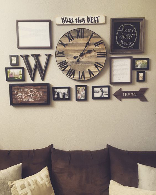 Rustic gallery wall decor with diy pallet clock for Unique home decor items