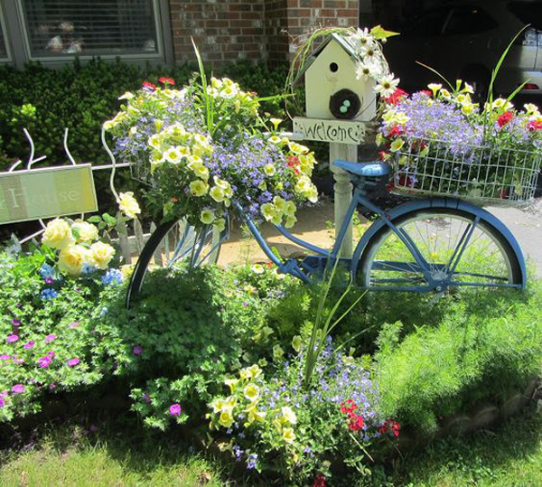 22 Diy Bicycle Planters With Vintage Vibe Homemydesign