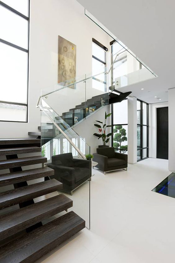 modern-glass-stair-railing-design