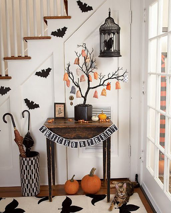 15 Cool Entryway Ideas To Bring You'll Halloween