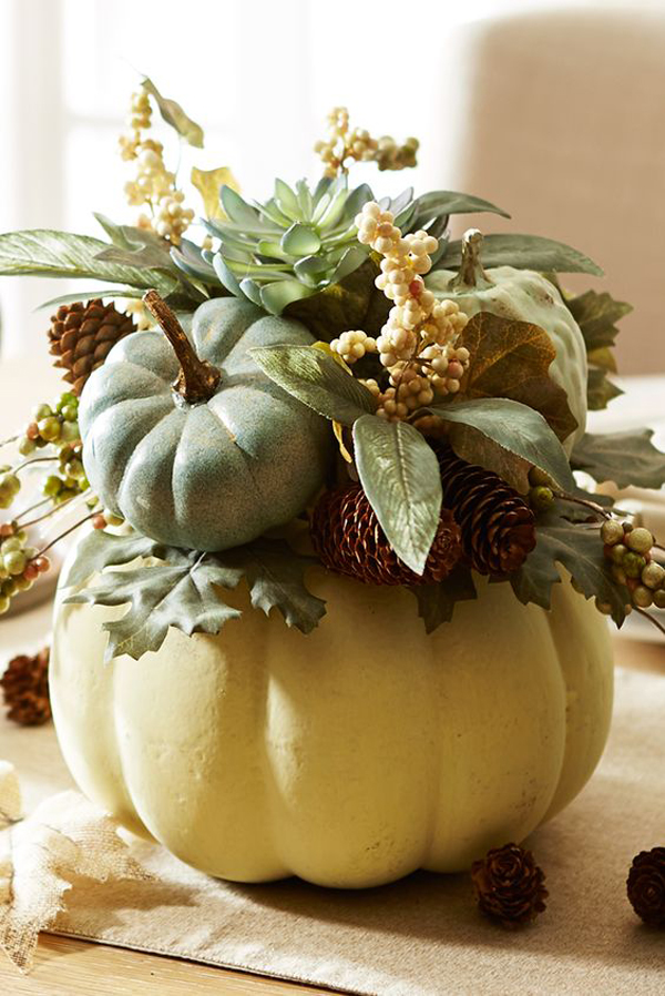 Living Room Arrangements: 15 Pumpkin Floral Ideas For Your Fall Decorating
