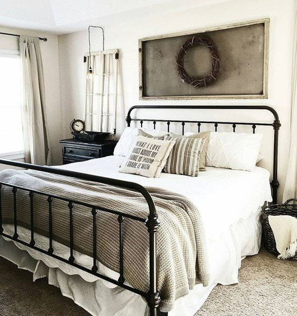 Room Decor Furniture Interior Design Idea Neutral Room: 25 Cozy And Stylish Farmhouse Bedroom Ideas