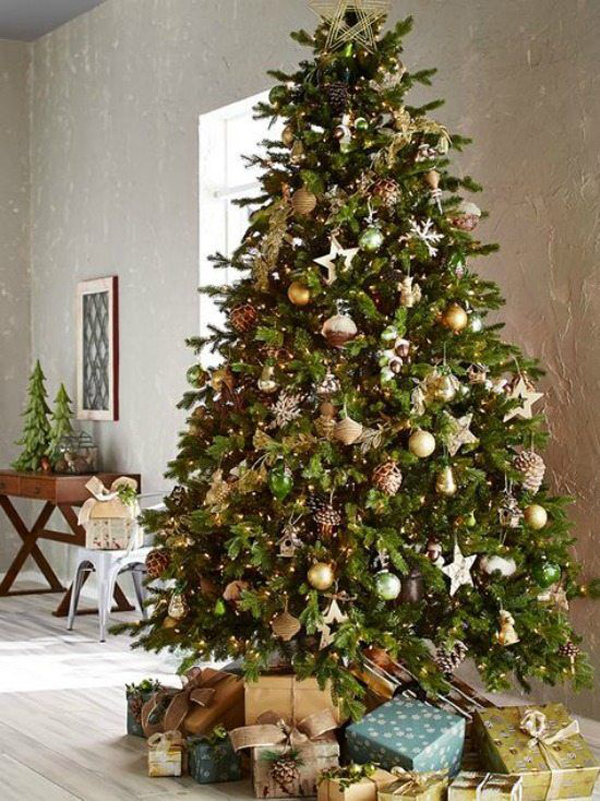 20 Luxury Gold Christmas Trees Decor For Sparkling ...