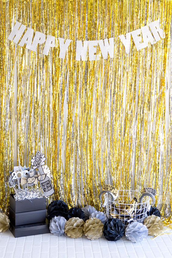 20 Black And Gold New Year Party For Last Holiday | Home Design And ...