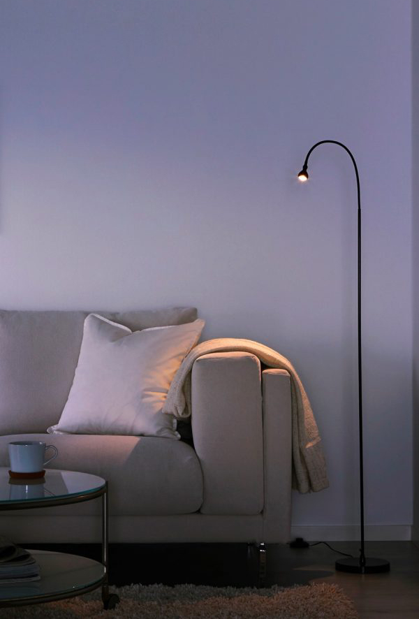 floor reading lamps. simple unadorned floor lamps can be a useful addition to the room without distracting any other decor. reading l