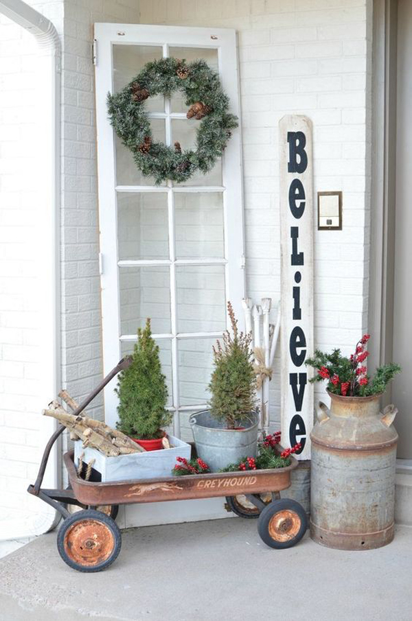 minimalist-christmas-porch-with-old-window-decor | Home ...