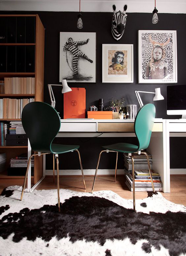 couple-workspace-ideas-with-black-walls