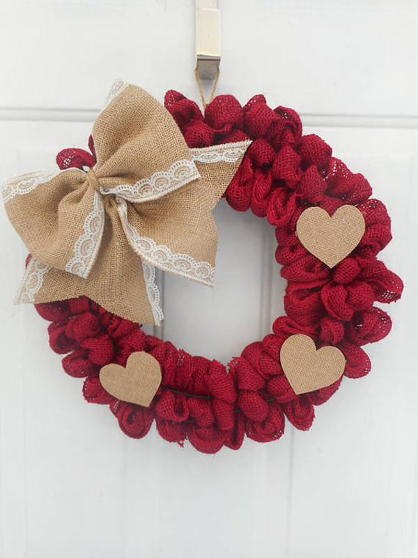 Red Burlap Valentine Day Wreath Ideas