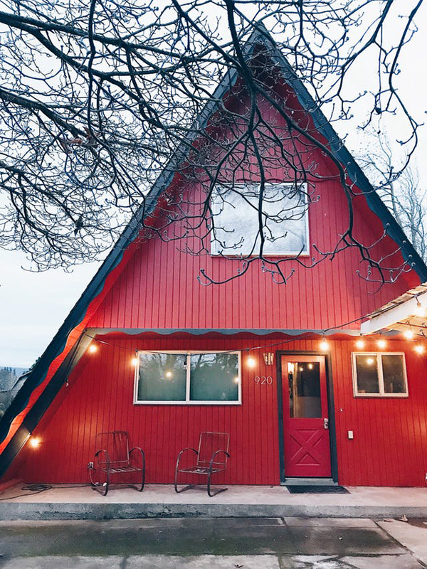Super Cozy Renovated A-Frame Home In Oregon