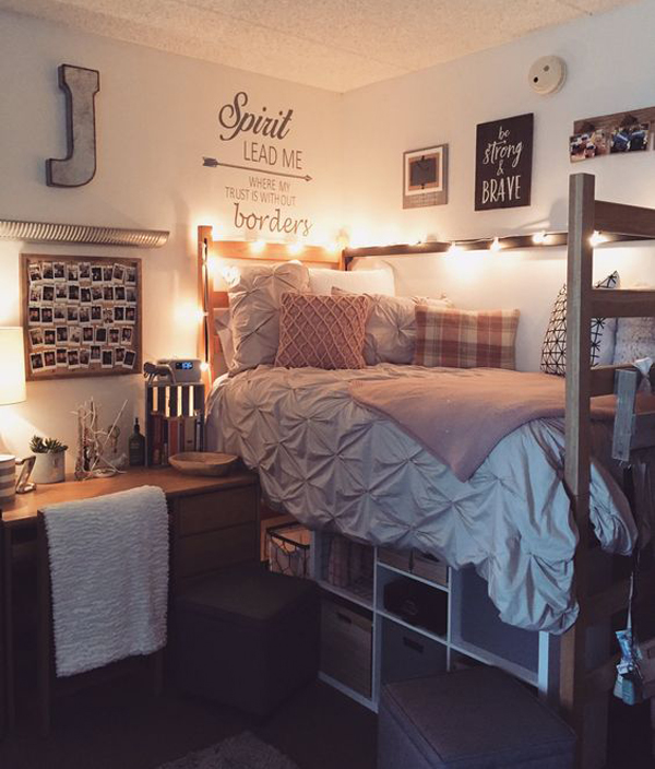 Beautiful Dorm Bedroom With Under Bed Organization