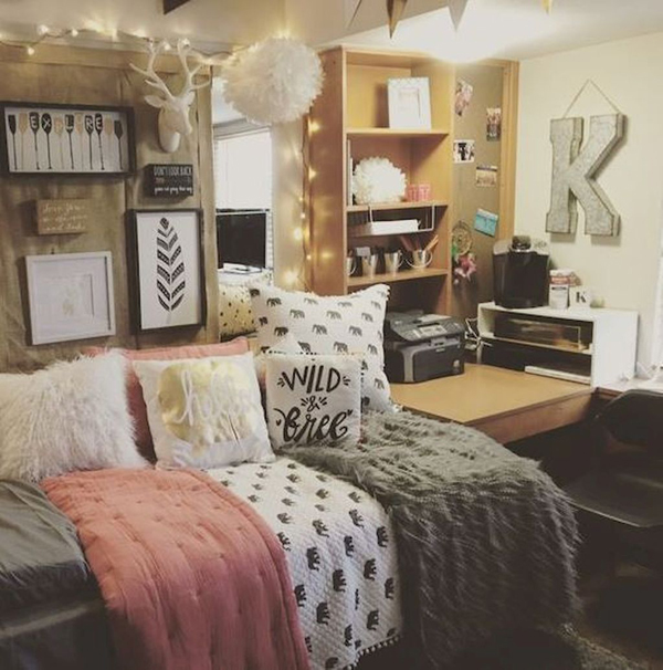 20 brilliant dorm room organization for everything you for Cute dorm bathroom ideas