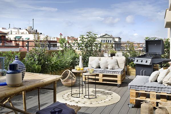 Large Balcony Ideas 6