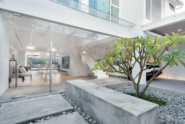 Homemydesign.com & outdoor-zen-garden-with-stone-element | Home Design And Interior