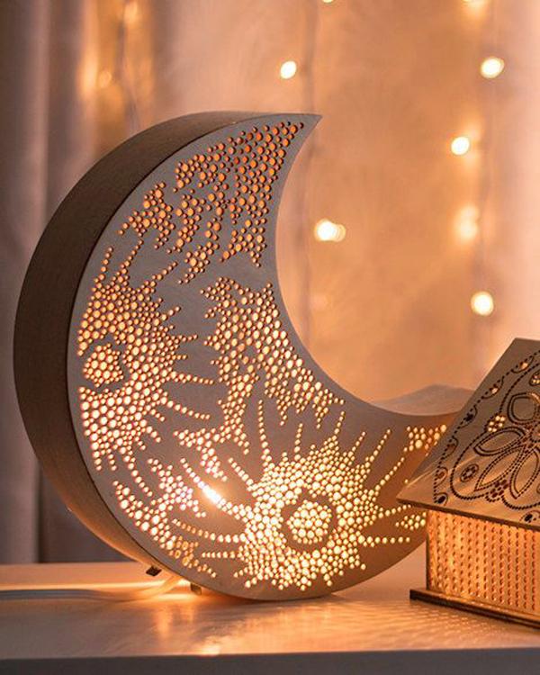 Diy Crescent Moon Lights For Ramadan
