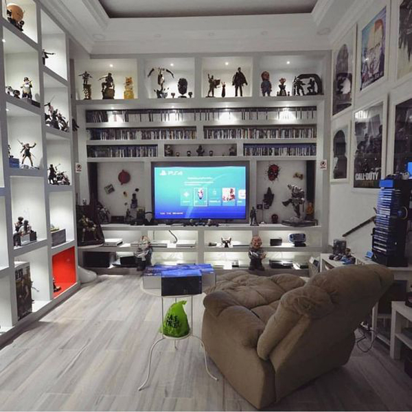 Minimalist White Video Game Rooms With Hack Organizer Home Design