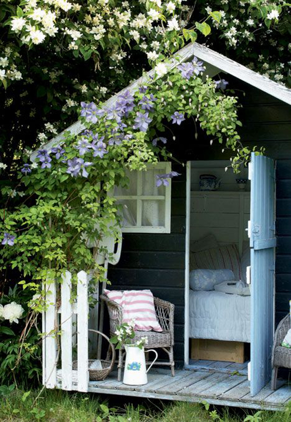 Small Garden Shed With Bedrooms Homemydesign