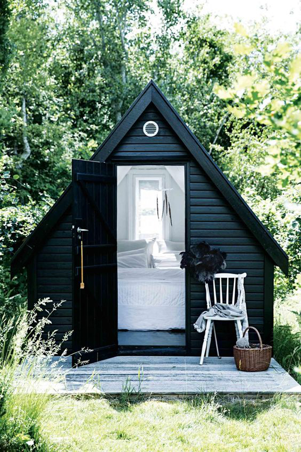 25 Cute And Inspiring Garden Shed Ideas | HomeMydesign