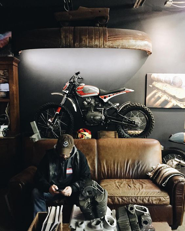 cool-man-living-space-with-motorcycle-garage | Home Design ...