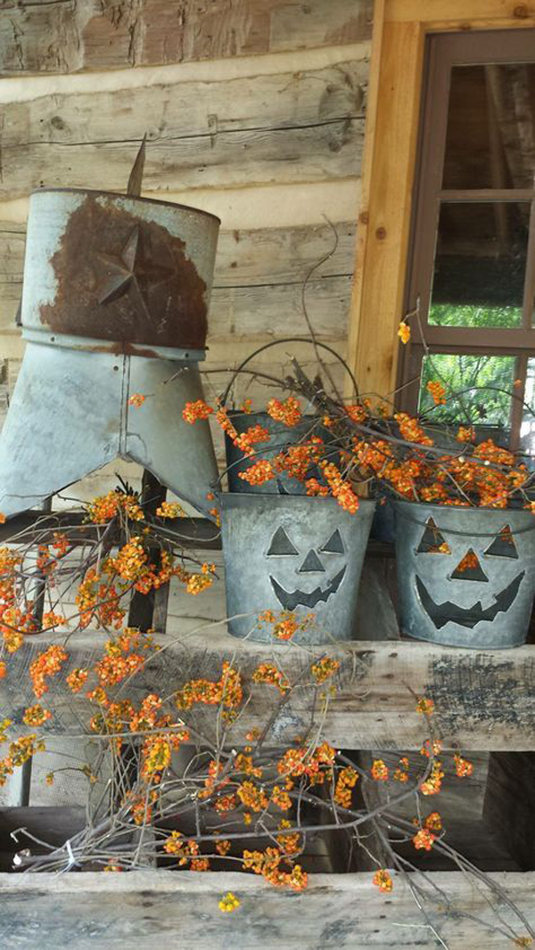 Small Beach House Decorating Ideas: Rustic-diy-outdoor-fall-decor