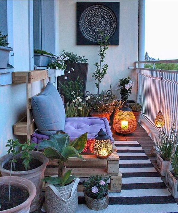 boho-style-balcony-garden-for-winter - HomeMydesign