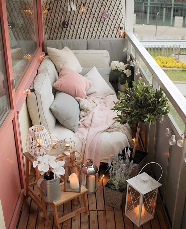 Dining Room Fireplace Ideas For Romantic Winter Nights: 25 Winter Balcony Decor Ideas That Will Bring Warmth