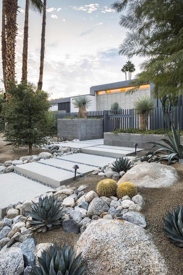 25 Beautiful Desert Landscaping Ideas | HomeMydesign ...